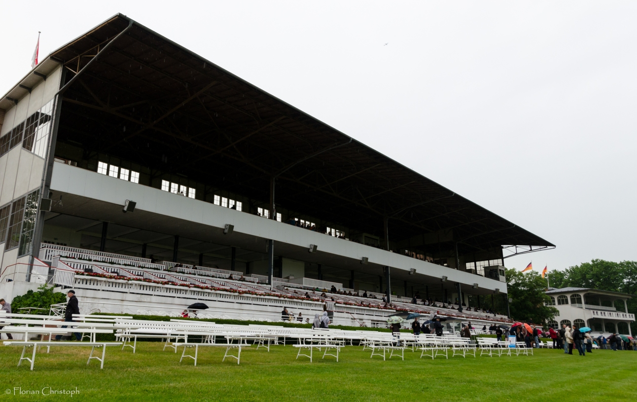 Hoppegarten Grandstand